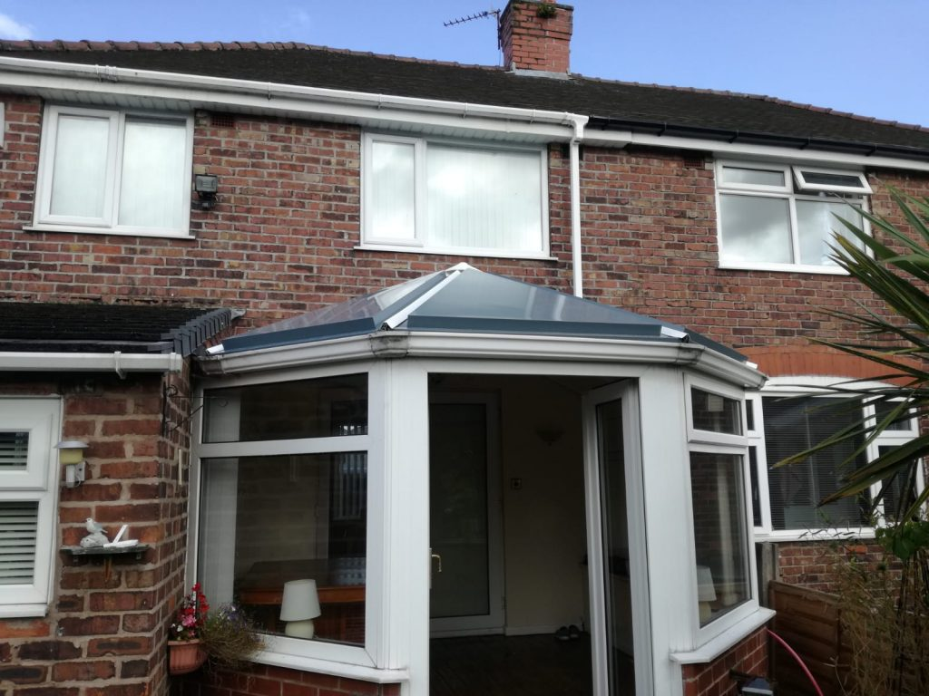 New conservatory roof in Manchester